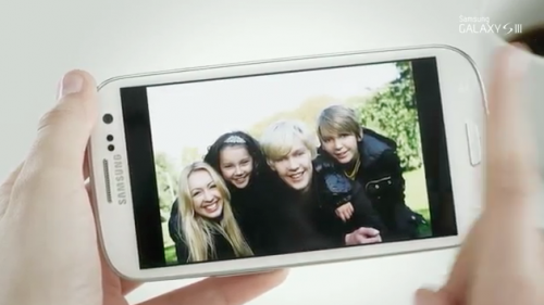 How to take a screenshot on the Samsung Galaxy S III