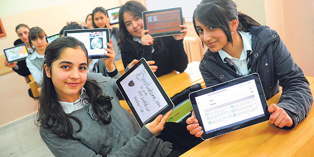 The Best Tablet PC for University, College, and High School Students
