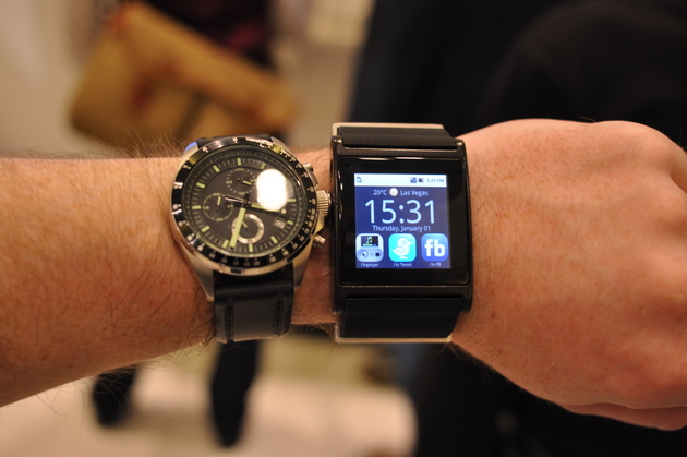 Should You Buy an Android Smart Watch?