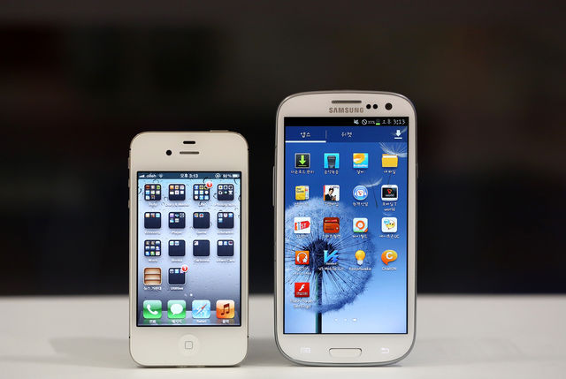 iPhone Sales Share Drops 6.2% While Android Sales Rise 7.3% in United States