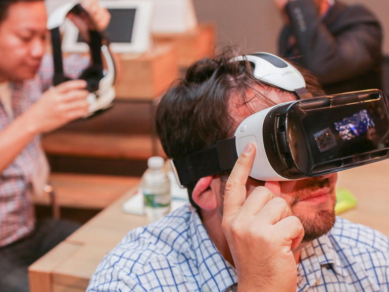 """Oculus CTO John Carmack Says Developing Virtual Reality Apps for Android """"Really Sucks"""""""