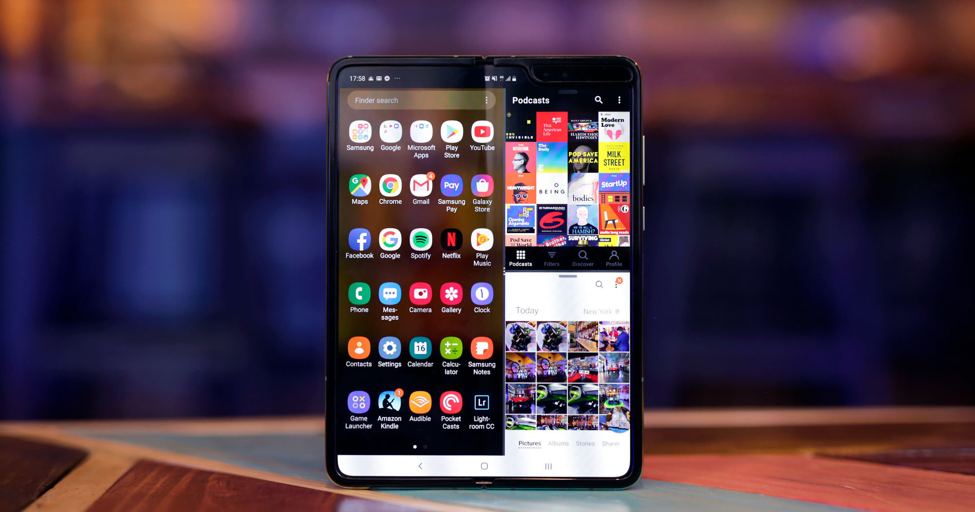 Due to bad reviews, Samsung Galaxy Fold is put on hold and reportedly working on one more foldable phone